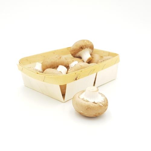 Steinchampignons in der Holzschale