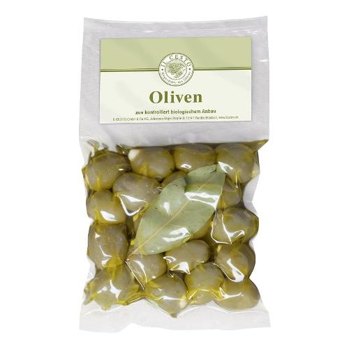 Griechische Oliven mit Mandeln